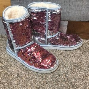Classic Short UGG Cosmos Sequin Boots